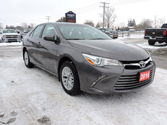 2016 Toyota Camry LE. 1 Local senior owned. Only 9000 km's