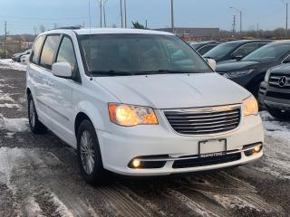 Used 2015 Chrysler Town & Country TOURING for sale in Oakville, ON
