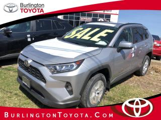 New 2020 Toyota RAV4 FWD XLE for sale in Burlington, ON