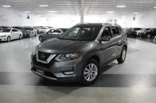 Used 2018 Nissan Rogue SV NO ACCIDENTS I REAR CAM I CARPLAY I REMOTE STARTER I BT for sale in Mississauga, ON