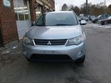 Photo of Silver 2009 Mitsubishi Outlander