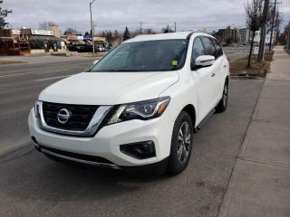 Used 2017 Nissan Pathfinder 4WD 4dr for sale in Toronto, ON