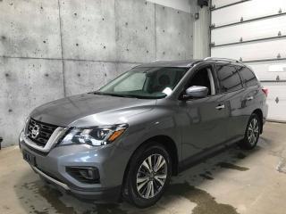 Used 2019 Nissan Pathfinder SV Tech AWD , * gps * CAMERA DE RECUL * CUIR * ANGLE MORT for sale in St-Nicolas, QC