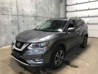 Used 2019 Nissan Rogue SV TECH AWD CAMERA 360 GPS TOIT PANO ANGLE MORT HAYON ELECTRIQUE APPLE CAR for sale in St-Nicolas, QC