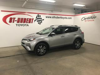 Used 2017 Toyota RAV4 AWD 4dr LE, CAMÉRA DE RECUL, BANCS CHAUFFANTS for sale in St-Hubert, QC