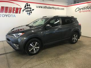 Used 2016 Toyota RAV4 AWD 4dr XLE, TOIT OUVRANT for sale in St-Hubert, QC