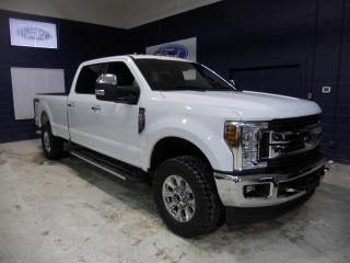 Used 2018 Ford F-250 screw xlt v8 6.2l 8 pieds for sale in St-Jérôme, QC