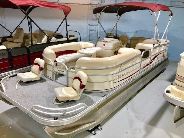 2009 Suntracker PartyBarge