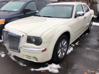 Used 2008 Chrysler 300 LIMITED for sale in Hamilton, ON