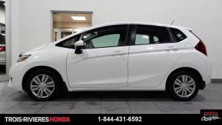 Used 2017 Honda Fit LX + MANUELLE + CAMERA DE RECUL + WOW !! for sale in Trois-Rivières, QC