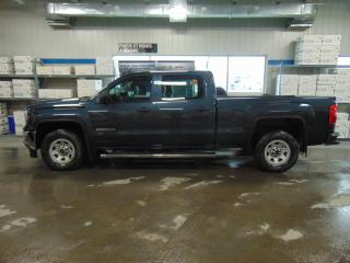 Used 2017 GMC Sierra 1500 4WD Crew Cab for sale in Amos, QC