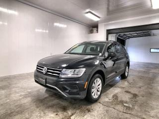 Used 2019 Volkswagen Tiguan TRENDLINE Camera de recul, sieges chauffants, commande vocale, beaucoup d'espace de rangement for sale in La Sarre, QC