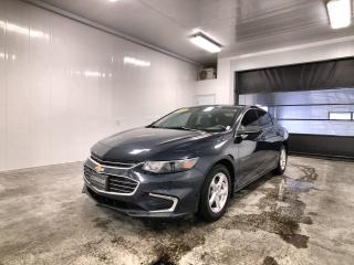 Used 2016 Chevrolet Malibu LS Bluetooth, AndroidAuto et Apple CarPlay, regulateur de vitesses, camera de recul, etc. for sale in La Sarre, QC