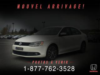 Used 2013 Volkswagen Jetta HIGHLINE for sale in St-Basile-le-Grand, QC