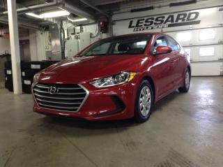 Used 2017 Hyundai Elantra Berline 4 portes, boîte automatique, le for sale in Québec, QC