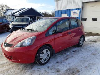 Used 2009 Honda Fit DX-A automatique  5 portes for sale in St-Pierre-Les-Becquets, QC
