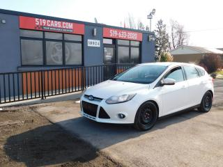 Used 2012 Ford Focus Titanium|NAVI|LEATHER|SUNROOF|BLUETOOTH for sale in St. Thomas, ON