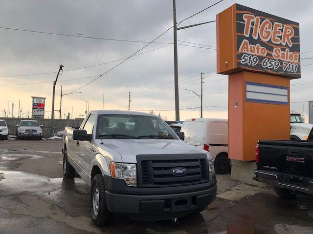 2011 Ford F-150 XL**REG CAB**8 FOOT LONG BOX**146KMS**V6**CERT