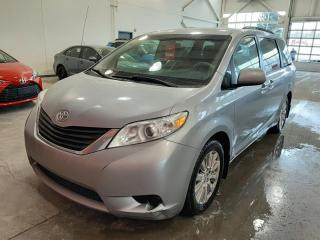 Used 2014 Toyota Sienna 5dr LE 7-Pass AWD for sale in Québec, QC