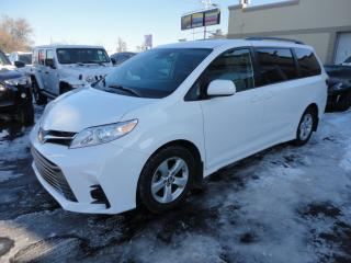 Used 2019 Toyota Sienna LE 8Pass Nav Portes Elec Camera à vendre for sale in Laval, QC