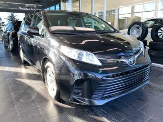 Used 2018 Toyota Sienna LE 8-PASSENGER, POWER HEATED SEATS, BACK-UP CAMERA, LANE DEPARTURE WARNING for sale in Edmonton, AB
