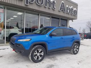 Used 2018 Jeep Cherokee Trailhawk 4X4 for sale in Alma, QC