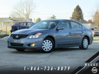 Used 2012 Nissan Altima 2.5 S + TOIT + CRUISE + CLIMATISEUR! for sale in Magog, QC