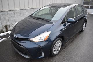 Used 2017 Toyota Prius V HYBRIDE, CAMÉRA DE RECUL, DÉM. SANS CLÉE for sale in Laval, QC