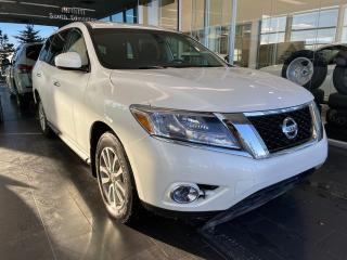 Used 2016 Nissan Pathfinder S 4WD, CRUISE CONTROL, KEYLESS IGNITION, A/C for sale in Edmonton, AB