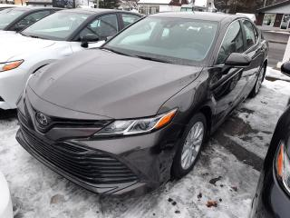 Used 2019 Toyota Camry LE GROUPE AMÉLIORÉ for sale in Québec, QC