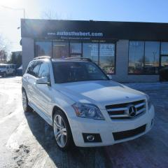 Used 2010 Mercedes-Benz GLK350 4MATIC **TOIT PANO** for sale in St-Hubert, QC