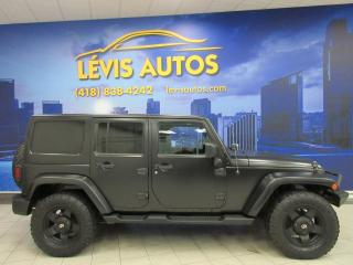 Used 2012 Jeep Wrangler SAHARA UNLIMITED CUIR BLUETOOTH MANUEL 6 for sale in Lévis, QC