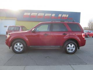 Used 2011 Ford Escape XLT for sale in Quebec, QC