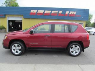 Used 2013 Jeep Compass Sport for sale in Quebec, QC