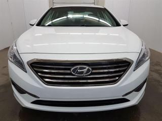 Used 2015 Hyundai Sonata GL A/C MAGS Bluetooth Caméra de recul for sale in St-Eustache, QC