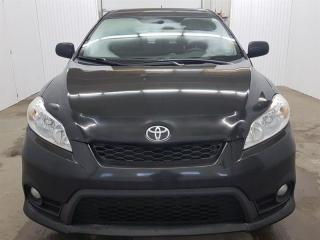 Used 2011 Toyota Matrix S Toit Ouvrant A/C MAGS for sale in St-Eustache, QC