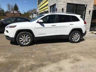 Used 2015 Jeep Cherokee LIMITED,AWD,CUIR,TOIT,NAV for sale in St-Eustache, QC