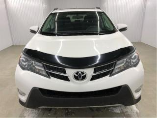 Used 2015 Toyota RAV4 XLE AWD Toit Ouvrant MAGS Bluetooth for sale in St-Eustache, QC