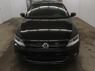 Used 2014 Volkswagen Jetta Comfortline Tdi Toit Ouvrant MAGS for sale in St-Eustache, QC