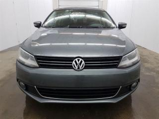 Used 2014 Volkswagen Jetta Tdi Comfortline Toit Ouvrant MAGS for sale in St-Eustache, QC