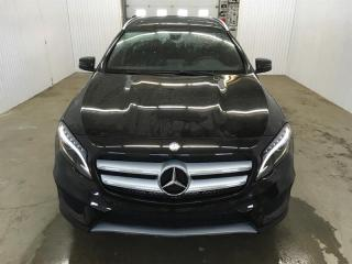 Used 2017 Mercedes-Benz GLA GLA250 4Matic Cuir Toit Ouvrant MAGS AMG for sale in St-Eustache, QC