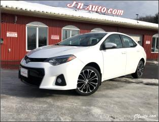 Used 2015 Toyota Corolla S toit ouvrant for sale in Richmond, QC