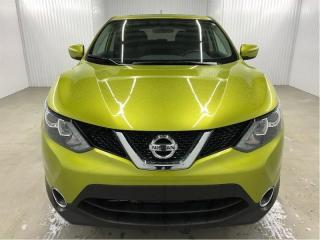 Used 2018 Nissan Qashqai SV Mags Toit Ouvrant Caméra de recul for sale in St-Eustache, QC