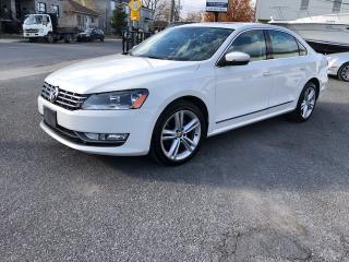 Used 2014 Volkswagen Passat HIGHLINE for sale in St-Hubert, QC