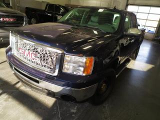 Used 2010 GMC Sierra 1500 2X4/AIR/TELEDEVEROUILLAGE/GROUPE REMORQUAGE/ for sale in Blainville, QC