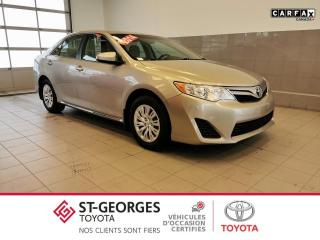 Used 2014 Toyota Camry LE for sale in St-Georges, QC