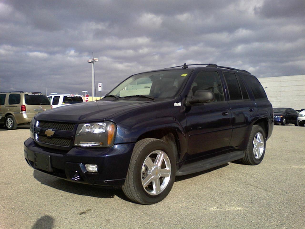 Used 2008 Chevrolet TrailBlazer Sport Utility 4D for Sale in Winnipeg, Manitoba | Carpages.ca