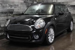 Used 2012 MINI Cooper MANUELLE, TOIT PANORAMIQUE,CUIR, SIÈGE CHAUFFANT for sale in St-Sulpice, QC