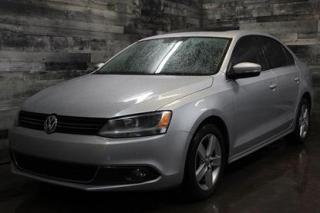 Used 2013 Volkswagen Jetta AUTOMATIQUE, TOIT OUVRANT, SIÈGE EN CUIR ET CHAUFF for sale in St-Sulpice, QC