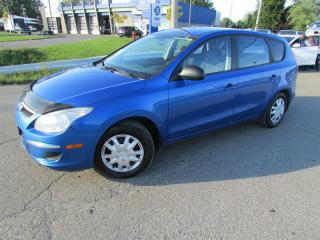 Used 2009 Hyundai Elantra Touring MAN. L GR ELECTRIQUE!! for sale in Ste-Catherine, QC